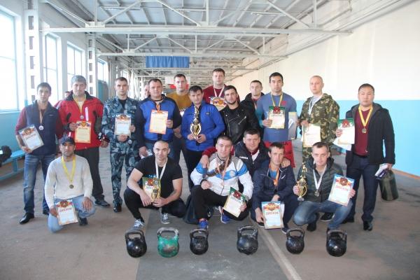 В УФСИН России по Ставропольскому краю прошли соревнования по гиревому спорту